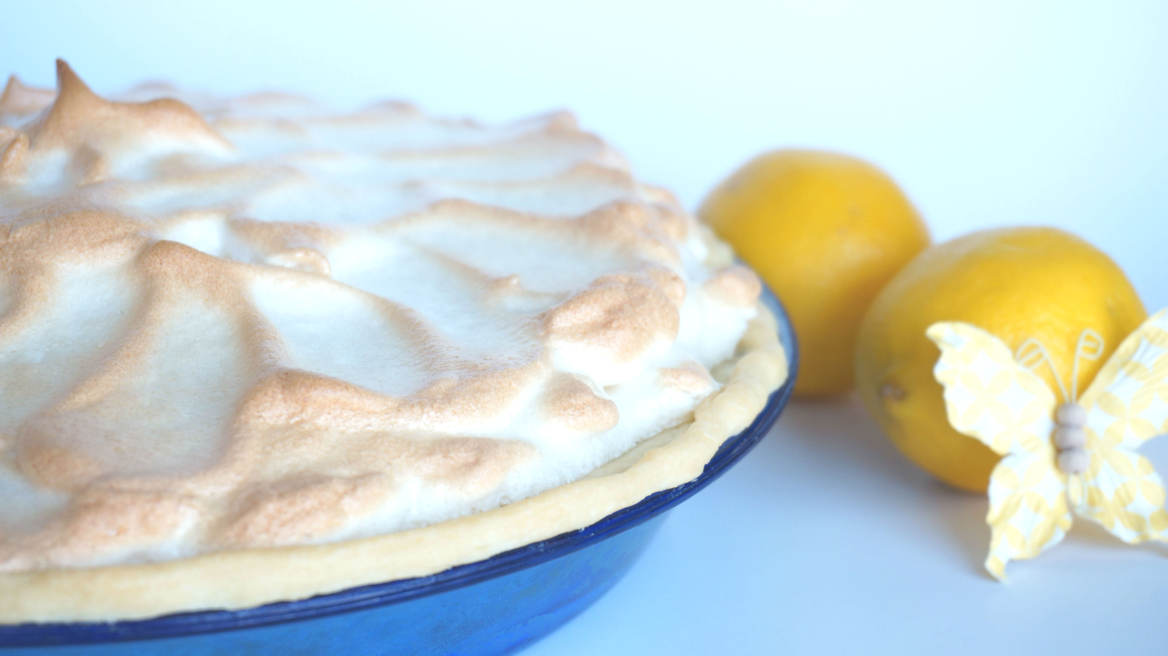 Accidental Cream Pie Cheap rainbow lemon meringue pie| accidental happy baker