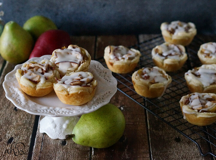 Pear Rumchata Cheese Tarts